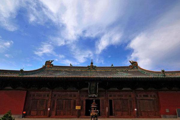 北京两座明清古建筑遭管理公司误拆