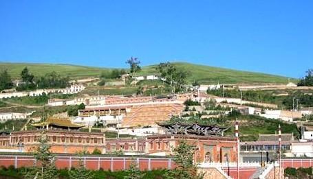 中国著名的十大寺庙——塔尔寺