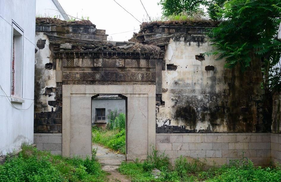 江苏南京江宁暴雨后多处古建筑正坍塌