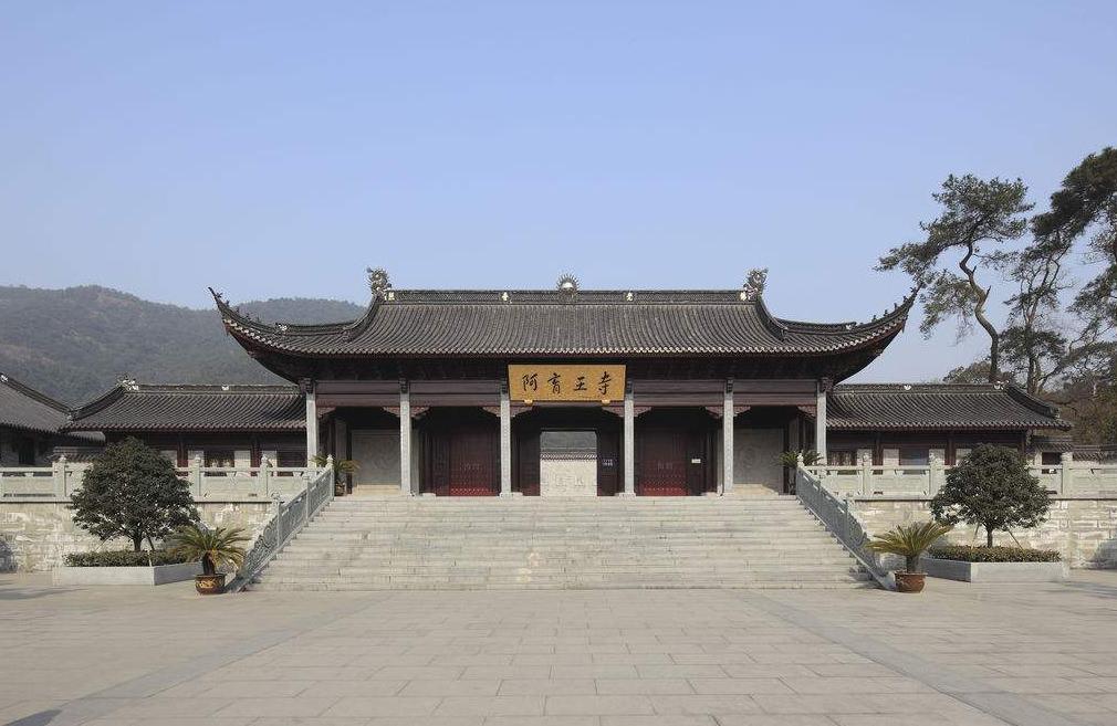 寺庙山门.jpg